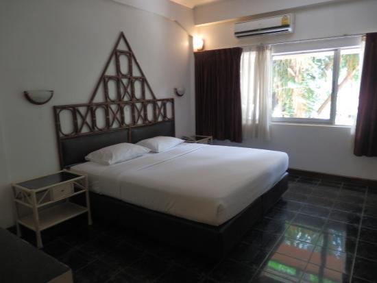 Basaya Beach Hotel & Resort : スタンダードルーム