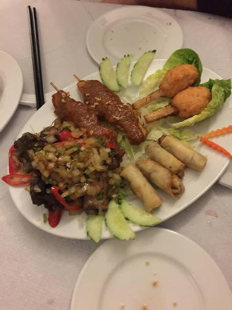 v namese restaurant special starter there was also summer rolls and salad