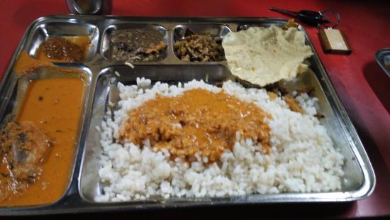 Fish Curry Rice Picture Of Giri Manja S Mangalore Tripadvisor