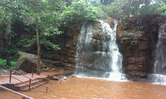 Keonjhar, Inde : waterfall