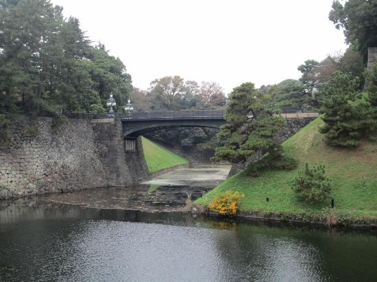 正門鉄橋 - Picture of Two-tiered Bridge (Ni-ju Bashi), Chiyoda - TripAdvisor