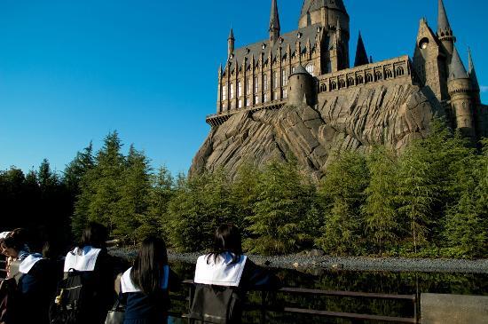 Universal Studios Japan: view of hogwarts