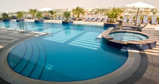 25 meter outdoor swimming pool picture of al salam hotel suites dubai tripadvisor for How many meters is a swimming pool
