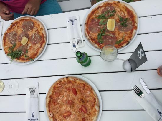 The Sandhamn Yacht Hotel: Pizza at Sandhamn Seglarhotell