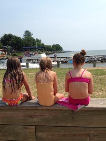 Kentmorr Restaurant and Crab House: watching the boats come in