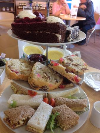 Merseyside, UK: Afternoon tea for two