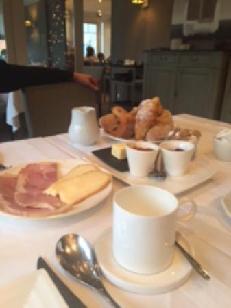 Saint-Etienne-au-Mont, Francia: Excellent Breakfast