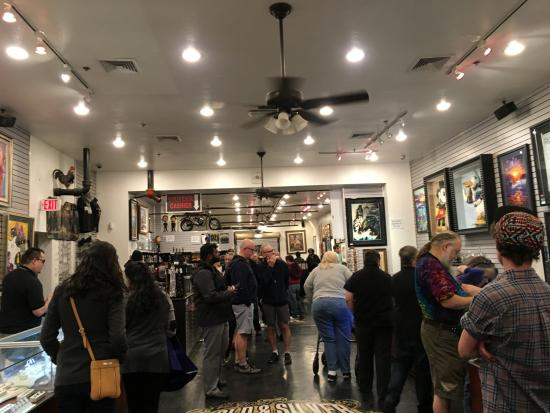 Gold and Silver Pawn Shop Interior - Picture of Gold and ...