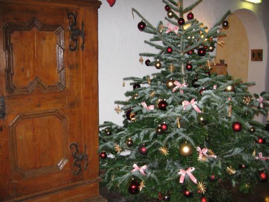 Weihnachtsbaum Frankfurt.Der Weihnachtsbaum Im Restaurant Bild Von Restaurant