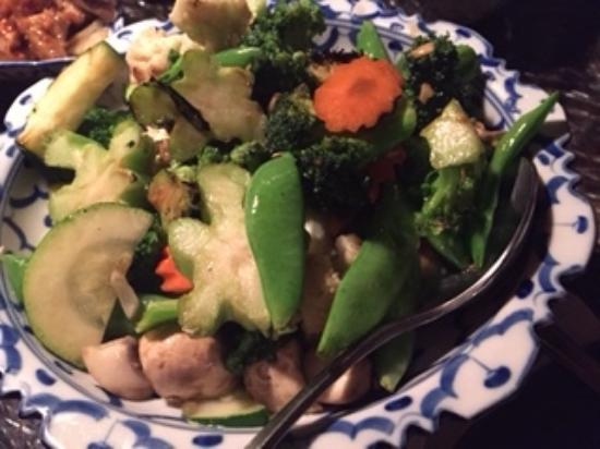 Bua Thai Restaurant : Stir fry veggies