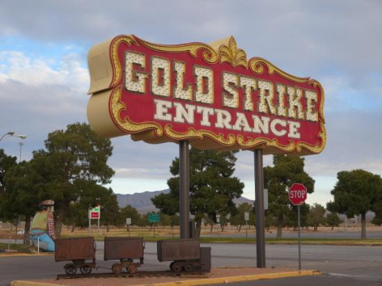 gold strike casino nevada