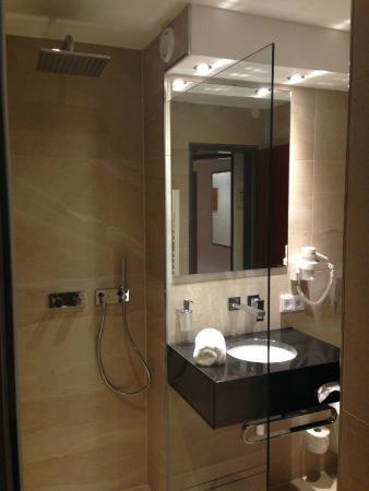 Hotel Lindenhof: Neues Badezimmer Standard