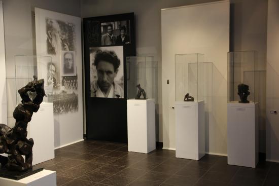 Ernst Neizvestny's Art Museum