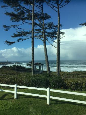 Pacific Shores MotorCoach Resort