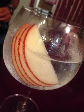 Hondarribia, Spanien: Bar Restaurante SAN NICOLAS