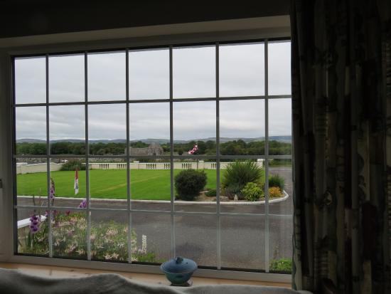 Naomh Colman Bed & Breakfast: Beautiful view from dining room