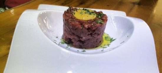 Meson  La Tasca: Steak tartar