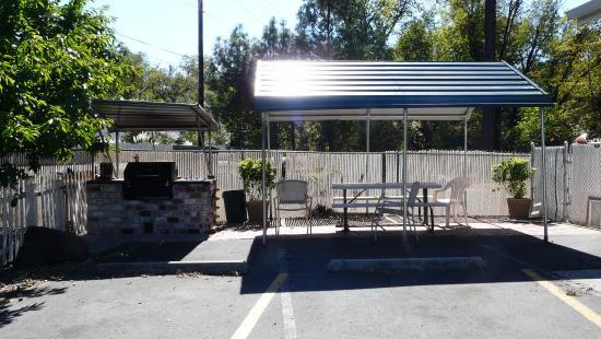 Shady Cove, Oregón: Seating Area Outside