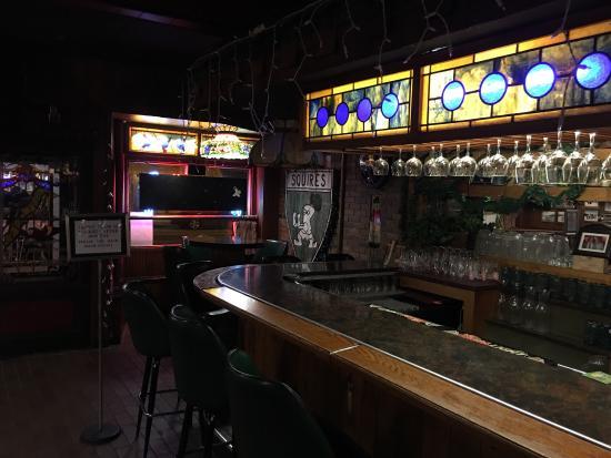Nicky's Lionhead Restaurant: photo2.jpg