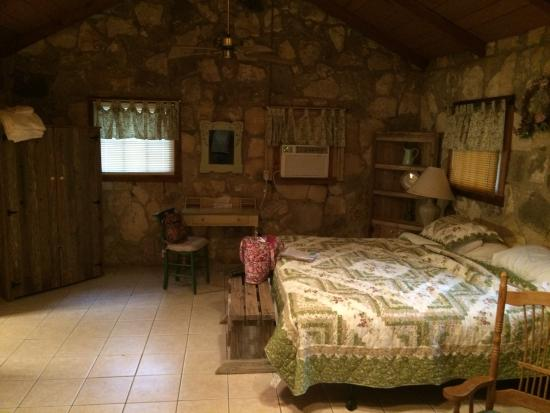 Mayan Dude Ranch: Cabin
