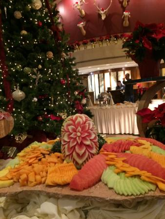 Thanksgiving Buffet.   Picture of Lake Arrowhead Resort and Spa