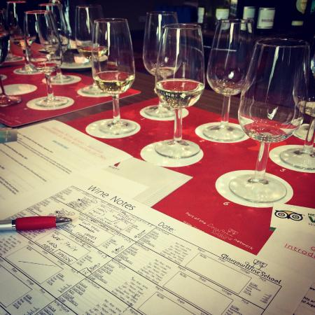 Glasgow Wine School: Excellent idea for a gift