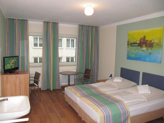 Litty's Hotel