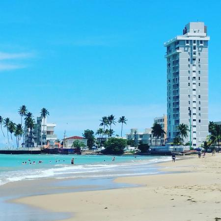 Gallera De Isle Verde Intercontinental Hotel On The Beach In Isla Puerto Rico