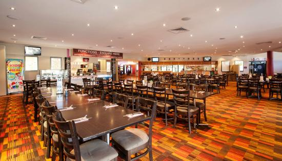 Earlville, Australia: Casual Dining