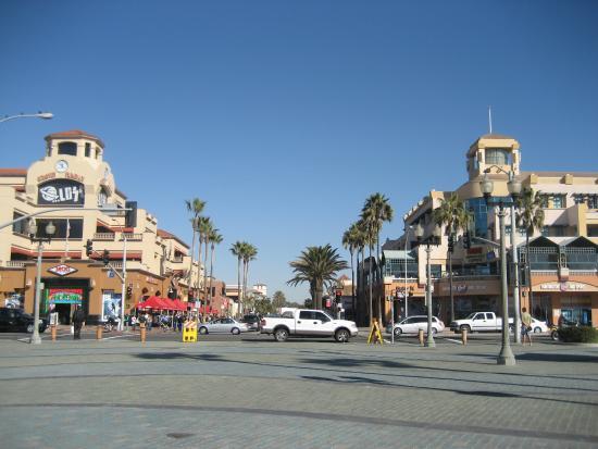 Bars Downtown Huntington Beach