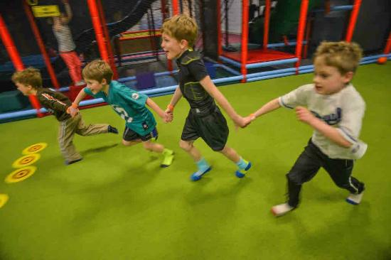 Cafe O'Play: Games in the sports court