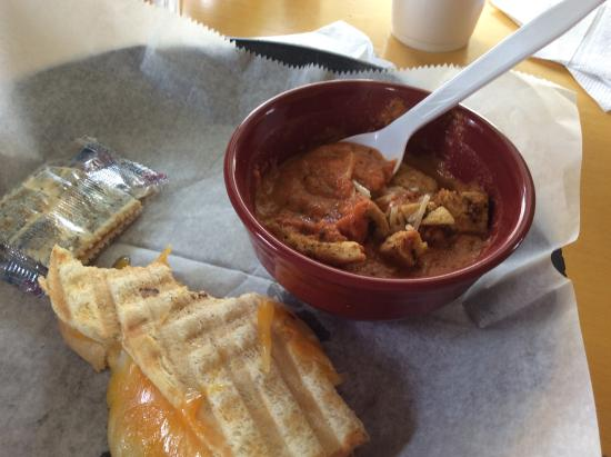 Cumberland Gap, TN: Grilled cheese with tomato bisque
