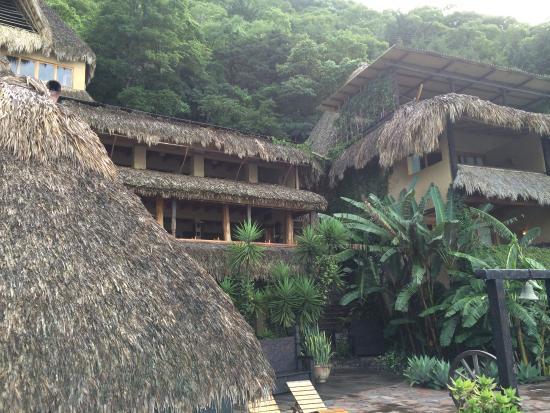 Laguna Lodge Eco-Resort & Nature Reserve: Resort
