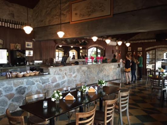 Puerto Camacho: Interior del restaurante