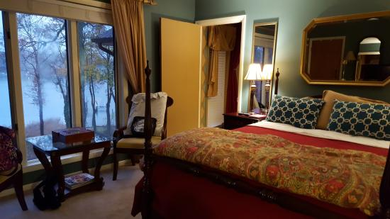 Laurel Grove Inn on the South River: Harlequin Room