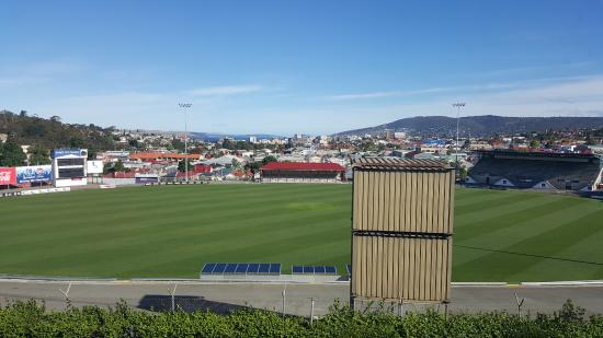 Rydges Hobart: City views and Cricket oval from room