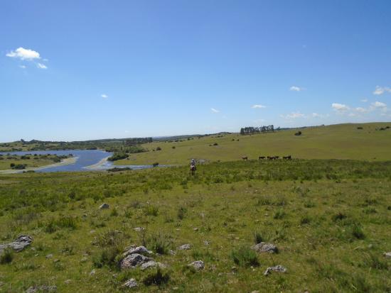 Cerro Colorado, Uruguay: The lake