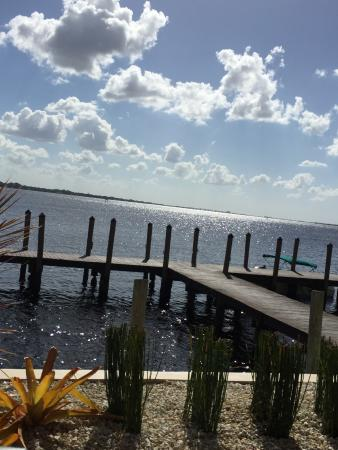 Waterside dock three fishermen seafood north fort myers for Fish restaurant fort myers