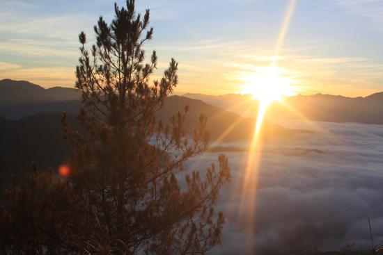 kiltepan sunrise view point サガダ kiltepanの写真 トリップ