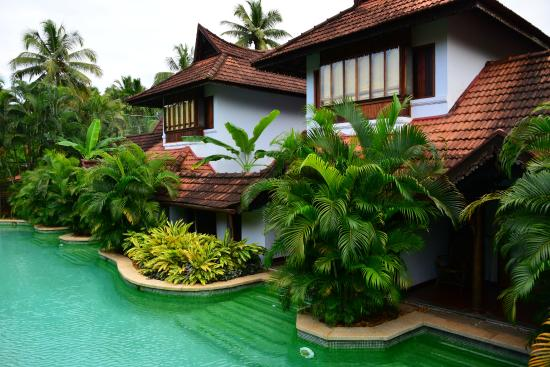 Winding Pool Villas Picture Of Kumarakom Lake Resort Kumarakom Tripadvisor