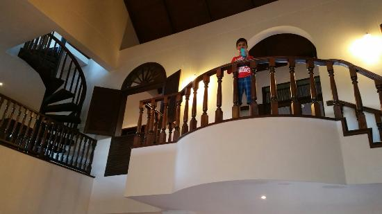 Lanna Hill House 4 Bedroom House Rental In Chiang Mai