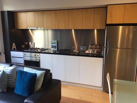 About Melbourne Apartments: Apartment 304