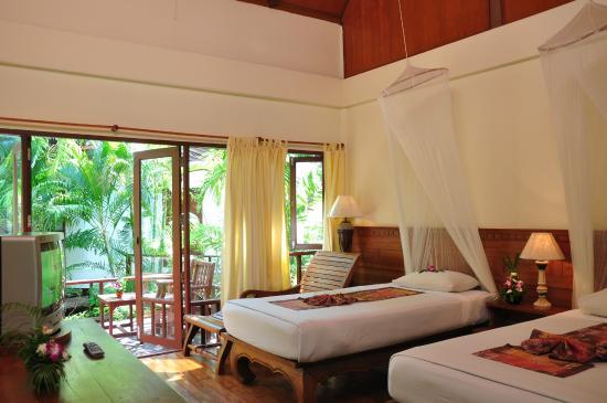 Royal Lanta Resort and Spa: Deluxe Room