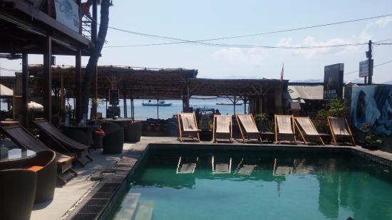 Pesona Resort: pool for dive study
