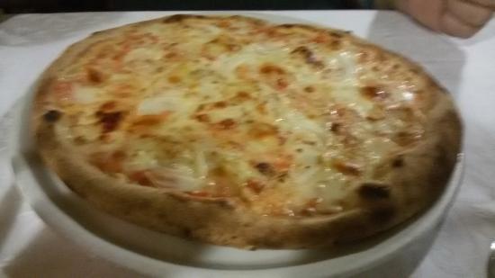 la Trottola: Pizza gorgo e cipolle