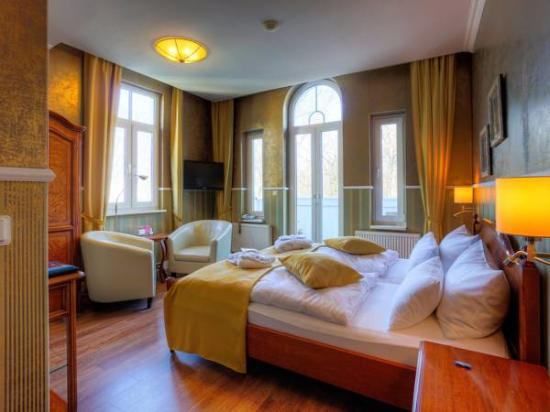 Vogel hotel appartement spa prices reviews for Warnemunde strand hotel