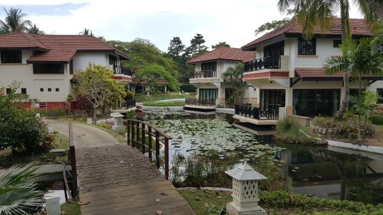 Nirwana Gardens - Banyu Biru Villas: Outdoor View of Villas