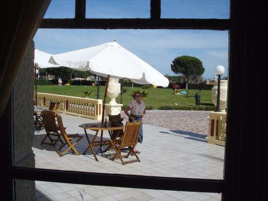Balneario Palacio de las Salinas: Terraza exterior