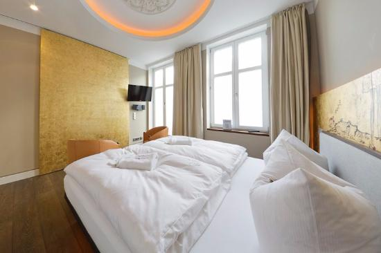 Vogel hotel appartement spa bewertungen fotos for Aja resort warnemunde suite