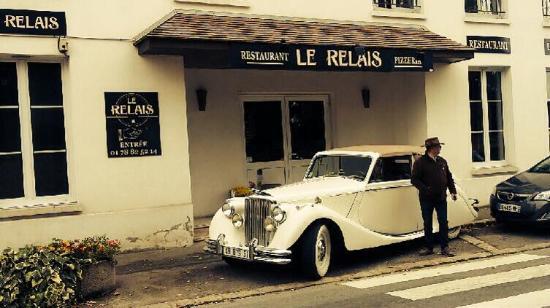 Yvelines, France : Devanture / jaguar